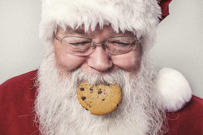 Catch Santa in act with Ping!